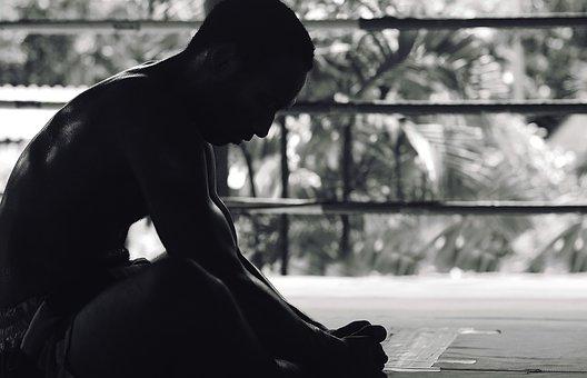 ボクシングで強くなる練習法・上達法を元ボクシングトレーナーが教えます。ダイエット情報も有り